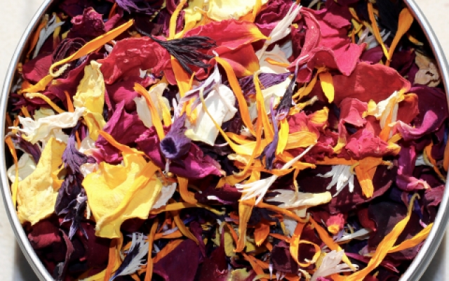 Halloween mixed dried edible flowers.